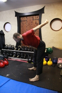 correct swing technique loading the posterior chain and activating the stretch reflex